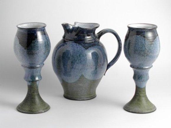 Wein,Wasserkanne 1L aus Keramik mit zwei Becher